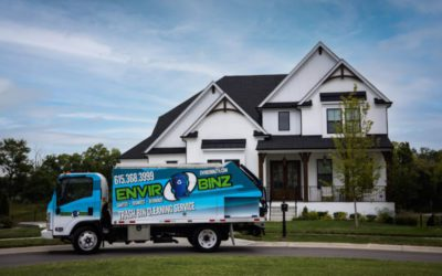 Top 4 Reasons to Hire Pros to Clean Outdoor Trash Bins